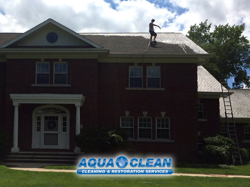 Fox Valley WI No Pressure Roof Washing